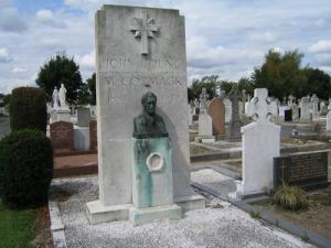The grave of John McCormack in Deansgrange Cemetery, Dublin. Michael Coyle/Wikimedia Commons