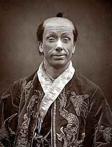 George Grossmith as Ko-Ko in <i>The Mikado</i>, <i>c</i>. 1885. Wikimedia Commons
