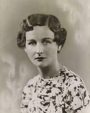 Nancy_Mitford_290