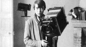 """<a href=""""https://www.nytimes.com/2018/06/01/books/review/berenice-abbott-julia-van-haaften.html"""" target=""""_blank"""" rel=""""noopener"""">Berenice Abbott in Paris</a>, 1928"""